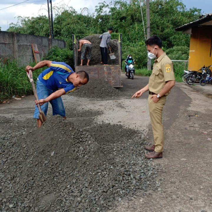 Perbaikan Jalan Desa